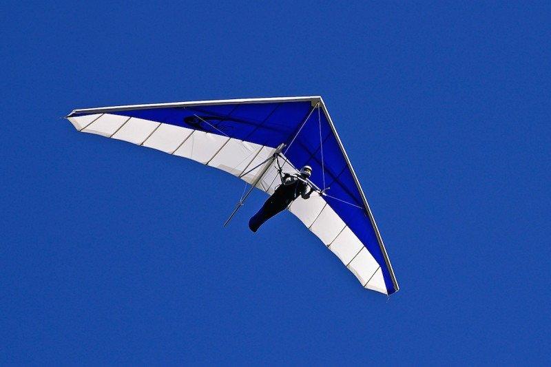 Hang Glide Gliding