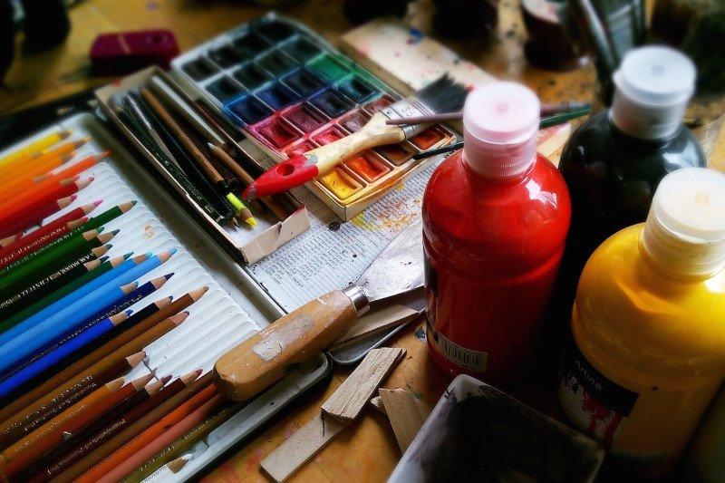 Paint Colored Pencils Art Artist