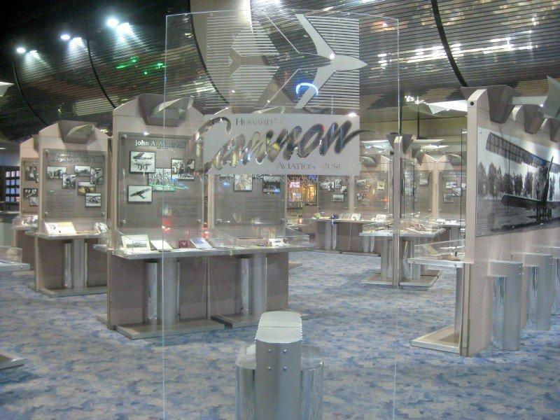 Traveling & Gambling in the Las Vegas Airport