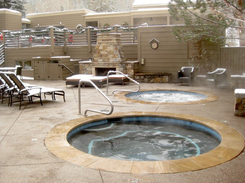 Jacuzzi's and Fireplace Perks of Working at The Gant Aspen Ski Resort