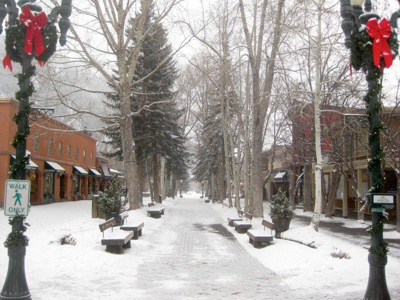 Cooper Avenue aspen colorado snow