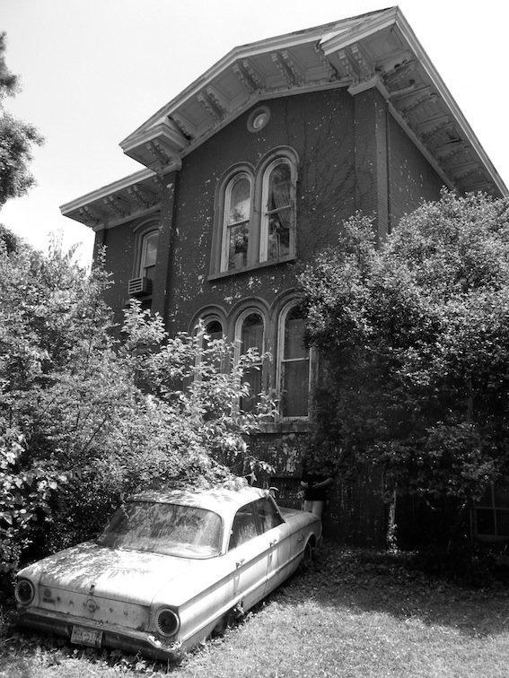 Old Car House