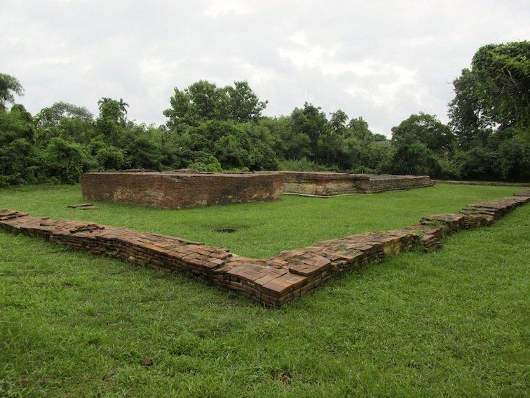 Wat Ku Ailan Temple