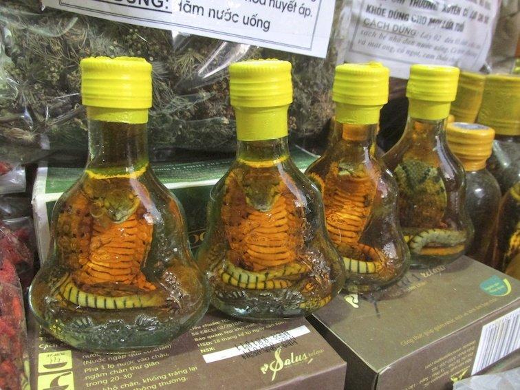 Sapa Vietnam Market Cobra Rice Wine