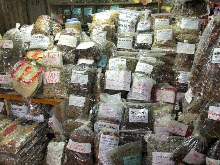 Sapa Vietnam Market Herbs Tea