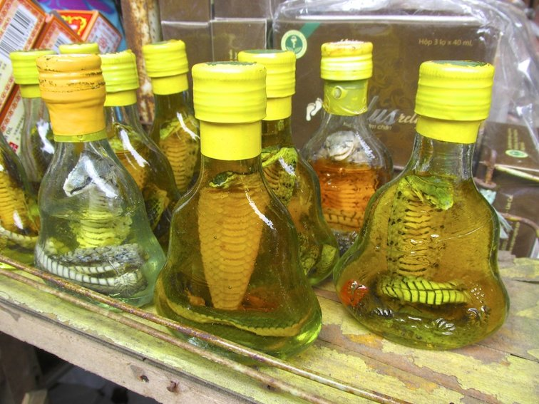 Sapa Vietnam Market Cobra Bottle