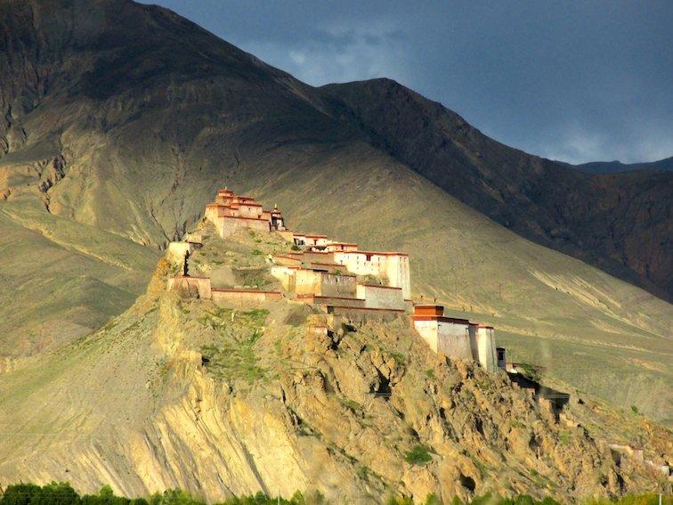 Kumpa Stupa Tibet Buddhism Statue Temple