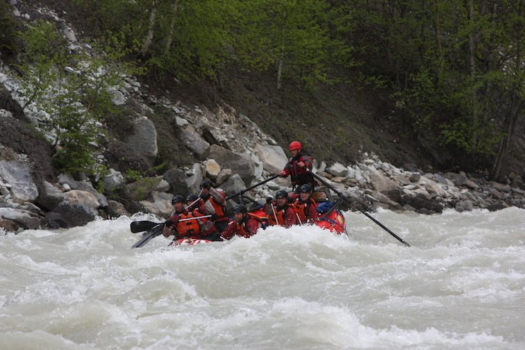 Whitewater Alpine Rafting Canada Bannf