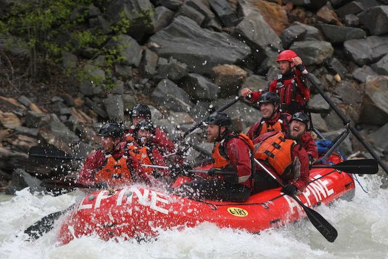 Whitewater rafting in Banff
