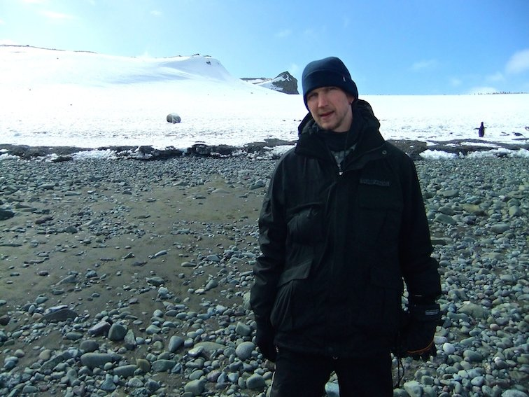 Barrientos Beach, Aitcho Islands, Antarctica