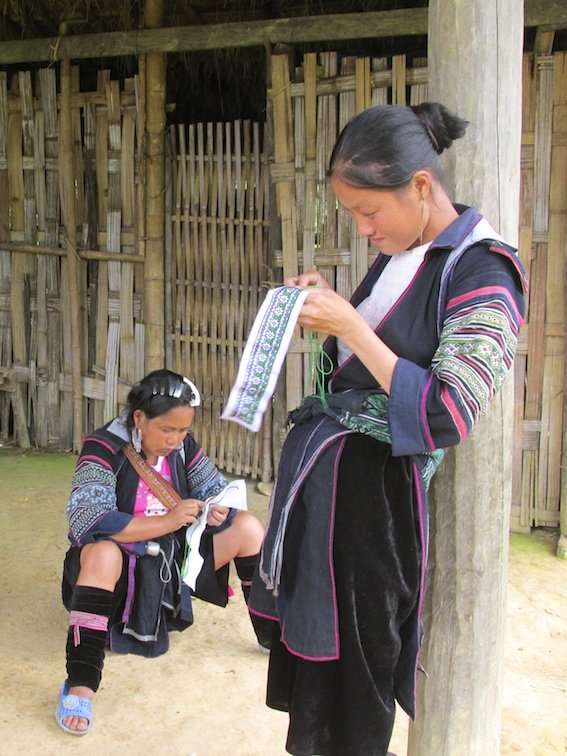 Sapa Vietnam Rice Fields Southeast Asia Guide Walk Hike Knitting Woman Labor