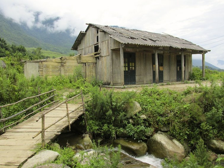 Sapa Vietnam Rice Fields Southeast Asia Guide Walk Hike Village Local School Building