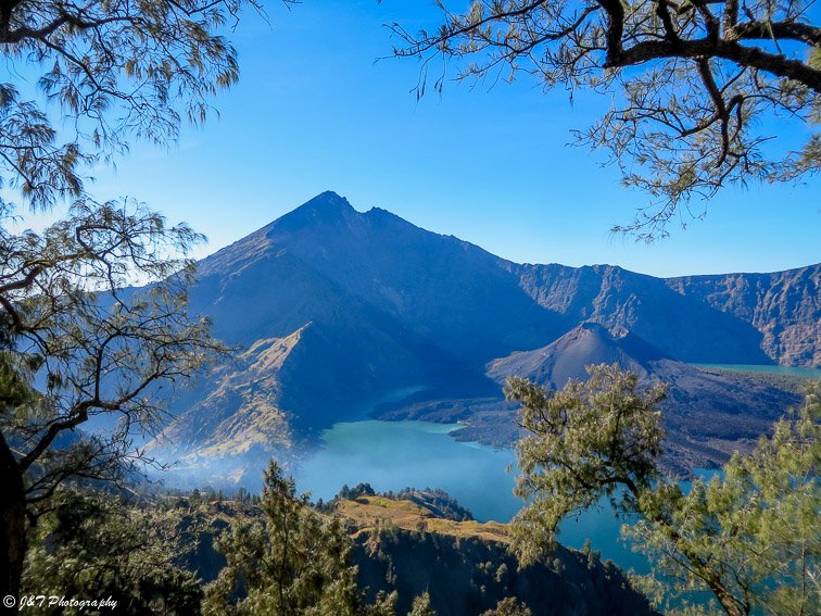 Rinjani Indonesia hike volcano view