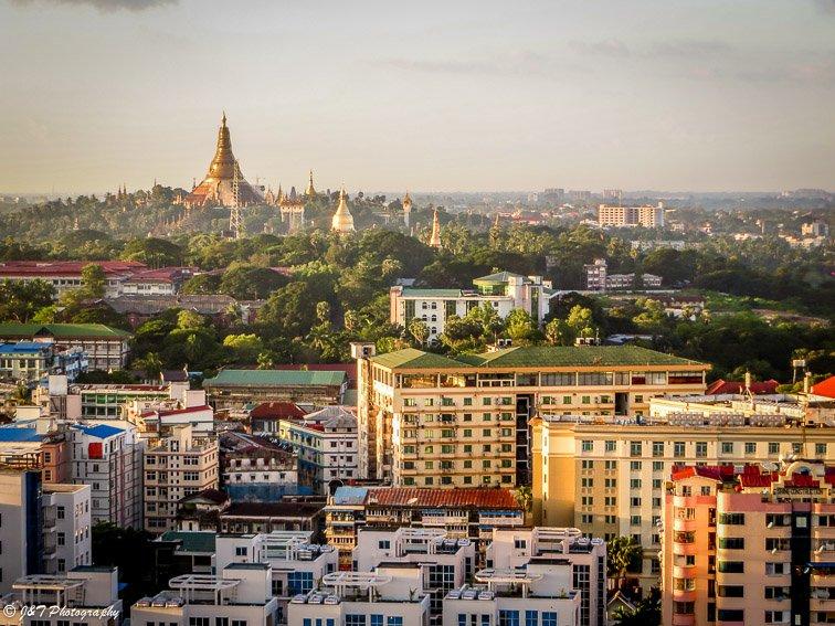 Yangon, Myanmar Shwedagon pagoda temple view