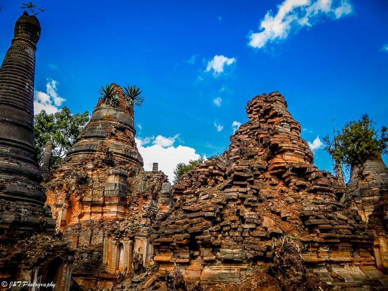 Myanmar inle lake original stupa temple