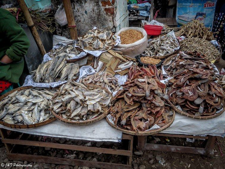 Myanmar Hsepaw market
