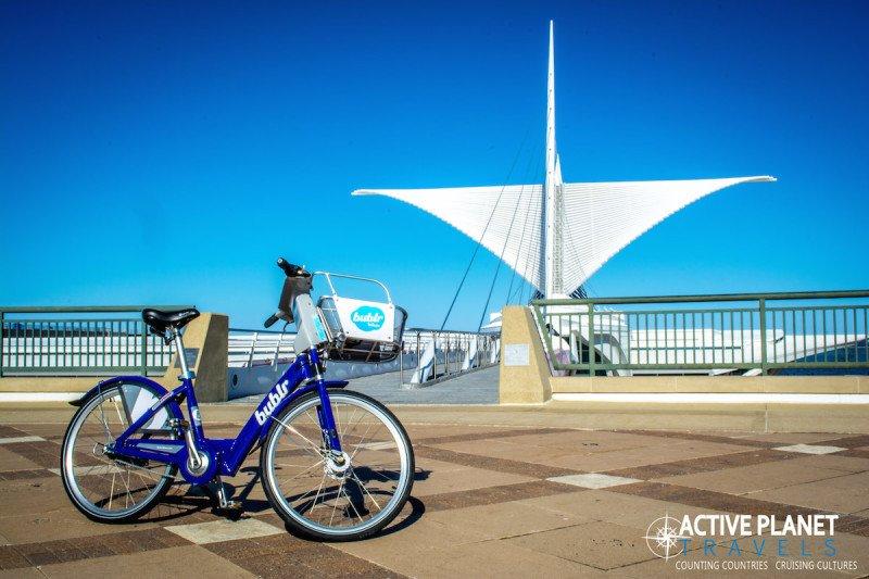 Bublr Bike Bicycle Tour Milwaukee Great Lakes Wisconsin Pier
