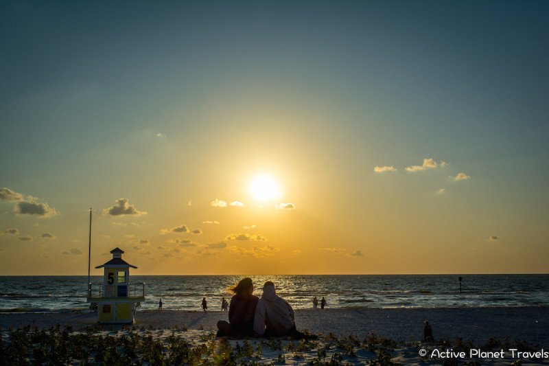 Clearwater Beach Florida Ocean Sea Sunset Couple Lifeguard