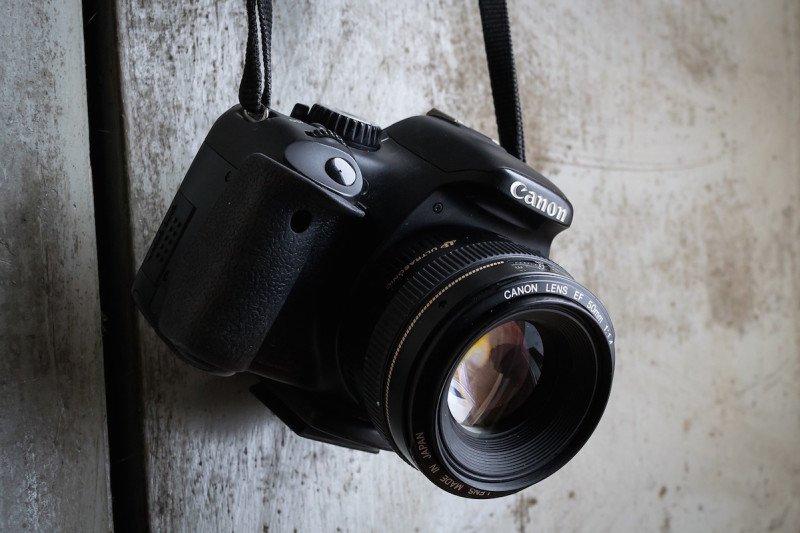 DSLR Digital Camera Cannon