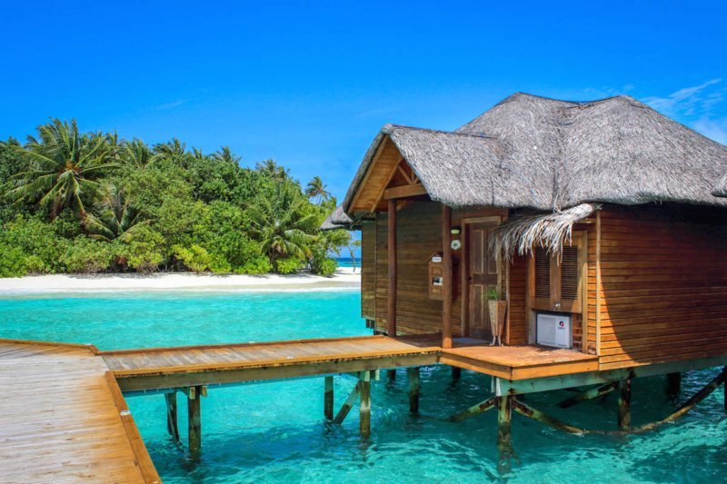 Best Luxury Honeymoon Destinations for Adventure Travelers - Maldives